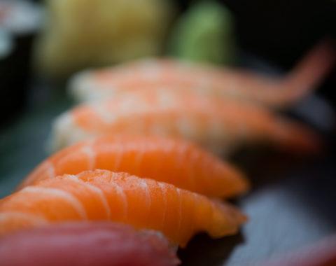 S30 Shake Maguro Nigiri Sushi